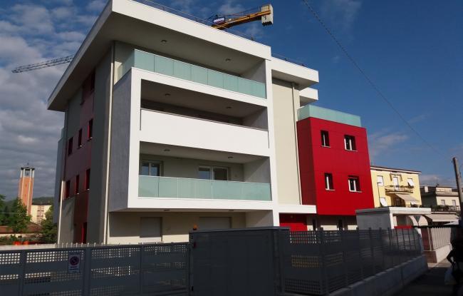 Edificio residenziale Via Stretta - Brescia